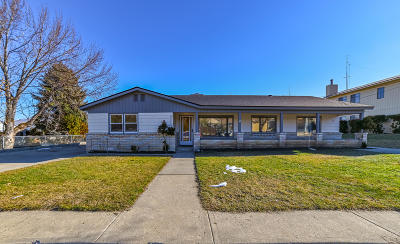 Wenatchee WA Single Family Home Active - Contingent: $373,999
