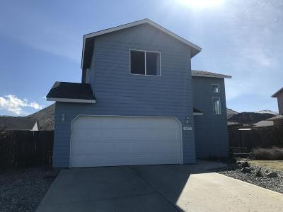 Wenatchee Single Family Home For Sale: 657 Sally Dr