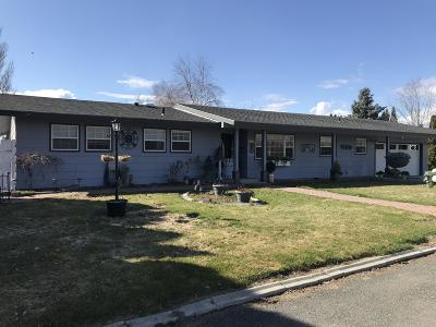 East Wenatchee Single Family Home For Sale: 611 S Vanwell Ave