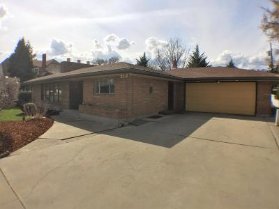 Wenatchee, Malaga Single Family Home For Sale: 212 S Miller St