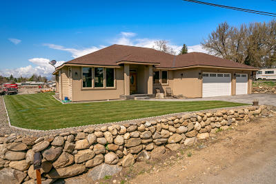 East Wenatchee, Rock Island, Orondo Single Family Home For Sale: 271 Rimrock Way