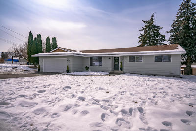 East Wenatchee Single Family Home For Sale: 1728 N Anne Ave