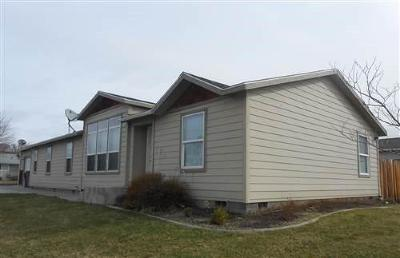 East Wenatchee WA Manufactured Home For Sale: $205,000