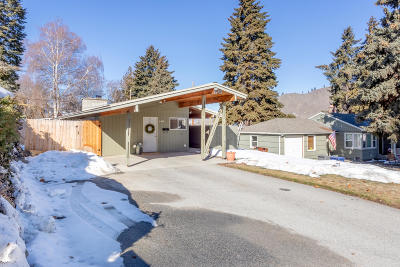 Cashmere Single Family Home For Sale: 106 Birch St