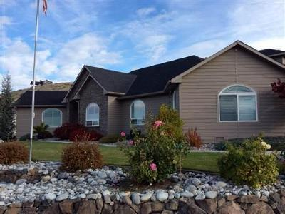 East Wenatchee Single Family Home For Sale: 947 Briarwood Dr