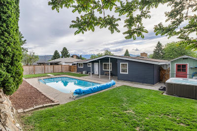 East Wenatchee Single Family Home For Sale: 707 N Jennifer Ln