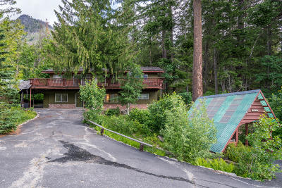 Leavenworth Single Family Home For Sale: 22954 Lake Wenatchee Hwy