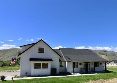 Wenatchee WA Single Family Home Active - Contingent: $599,950