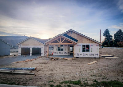 Wenatchee, Malaga Single Family Home For Sale: 20 Starlight Ave #Lot 15