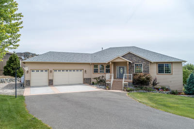 Wenatchee, Malaga Single Family Home For Sale: 3745 Lovell Rd