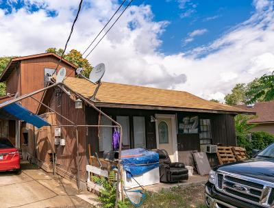 Wenatchee, Malaga Single Family Home For Sale: 834 S Chelan Ave