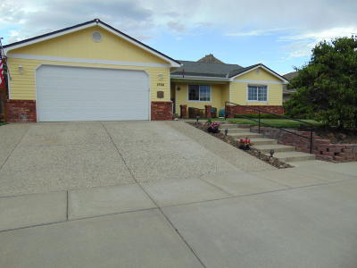 Wenatchee Single Family Home For Sale: 1728 Windsor Ct