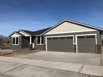 Wenatchee WA Single Family Home For Sale: $479,900