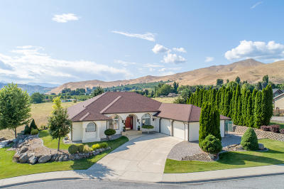 Wenatchee, Malaga Single Family Home For Sale: 1800 Warm Springs Dr