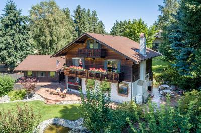 Leavenworth Single Family Home For Sale: 9703 E Leavenworth Rd