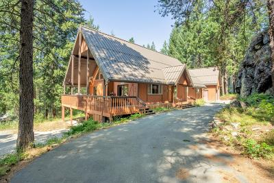 Single Family Home Sold: 2413 Salal Dr