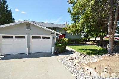 East Wenatchee Single Family Home For Sale: 1420 Easthills Ter