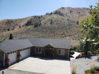Wenatchee, Malaga Single Family Home For Sale: 1365 Pitcher Canyon Rd