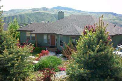 Wenatchee, Malaga Single Family Home For Sale: 3790 Viewmont Dr
