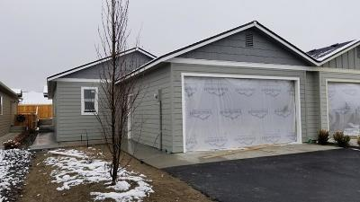 East Wenatchee Single Family Home For Sale: 436 S Kansas Loop