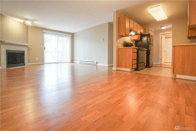 Condo/Townhouse Sold: 16817 Larch Wy #A205
