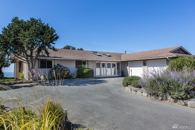 Oak Harbor Single Family Home Sold: 2035 West Beach Rd