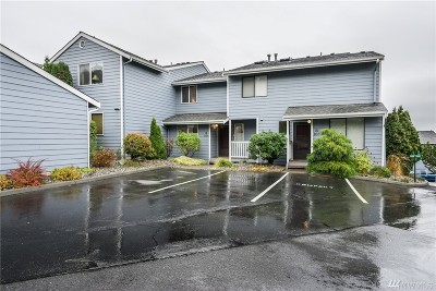 Oak Harbor WA Condo/Townhouse Sold: $205,000