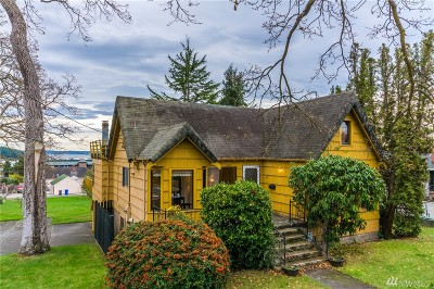 Oak Harbor Single Family Home Sold: 1499 SE 8th Ave