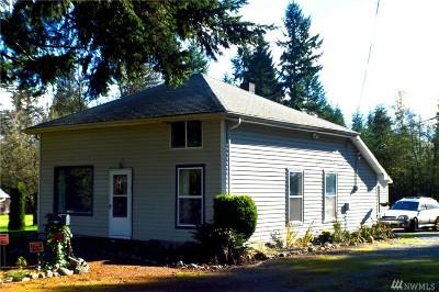 Graham Single Family Home For Sale: 14710 Kapowsin Hwy E