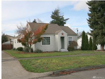 Single Family Home Sold: 915 G St
