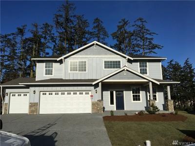 Oak Harbor Single Family Home Sold: 2786 SW Fairway Point Dr