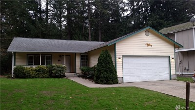 Single Family Home Sold: 8116 Sparrow Ct SE
