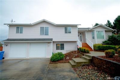 Oak Harbor Single Family Home Sold: 1510 SW 17th Ave