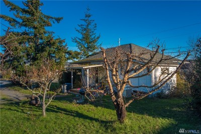 Anacortes Single Family Home For Sale: 903 32nd St