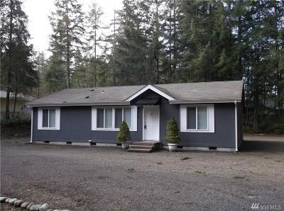 Mason County Single Family Home Sold: 230 N Lake View Dr