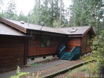 Mason County Single Family Home Sold: 606 E Pointes Dr W