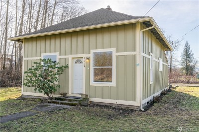 Sumas Single Family Home For Sale: 295 W Second St
