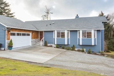 Oak Harbor Single Family Home Sold: 1433 Martha Wy