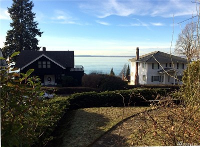 Single Family Home Sold: 519 15th St