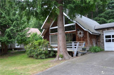 La Conner Single Family Home For Sale: 363 Snohomish Dr