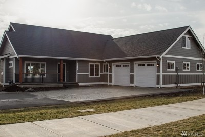 Lynden Single Family Home Sold: 1960 Aaron Dr