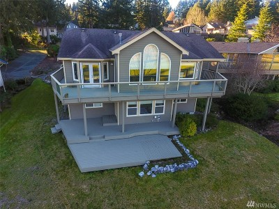 Single Family Home Sold: 14 Par Lane