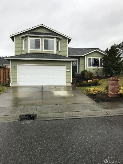 Oak Harbor Single Family Home Sold: 1555 NW Almond Lp