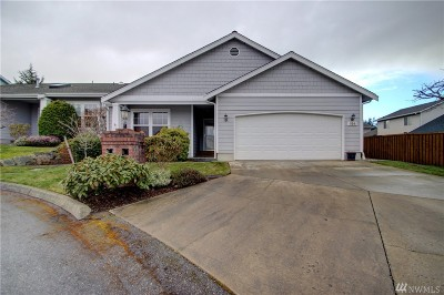 Oak Harbor Single Family Home Sold: 194 NW 13th Ct