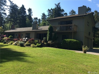 Coupeville Single Family Home For Sale: 512 Race Rd