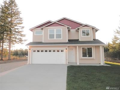Rainier Single Family Home For Sale: 104 Lillian Lane SE
