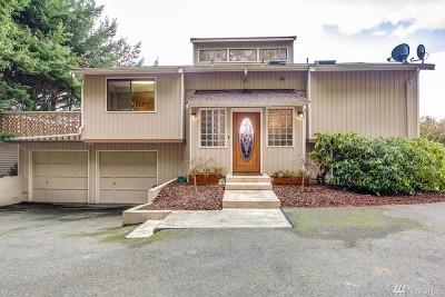 Oak Harbor Single Family Home Sold: 1573 Blue Heron Lane