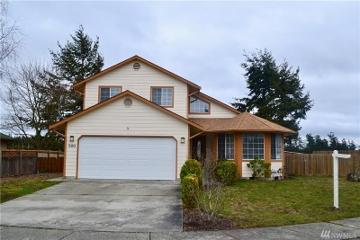 Oak Harbor Single Family Home Sold: 520 NW Lateen St