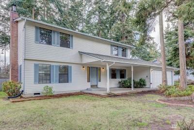Oak Harbor Single Family Home Sold: 1595 SW Putnam Dr