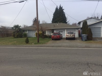 Pierce County Single Family Home For Sale: 5818 Milwaukee Ave E #A&B